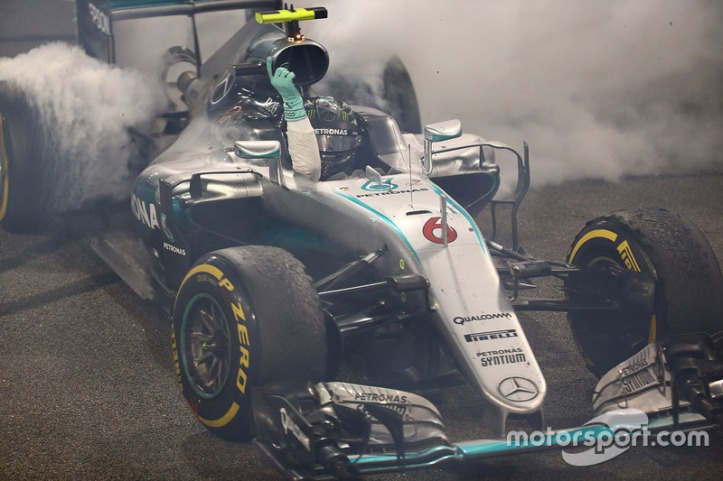 f1-abu-dhabi-gp-2016-second-placed-nico-rosberg-mercedes-amg-f1-w07-hybrid-celebrates-his-1