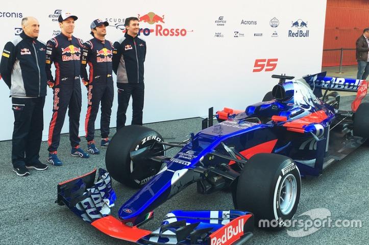 f1-scuderia-toro-rosso-str12-launch-2017-l-to-r-franz-tost-scuderia-toro-rosso-team-princi