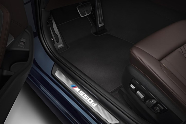 bmw-m550d-xdrive-touring-7