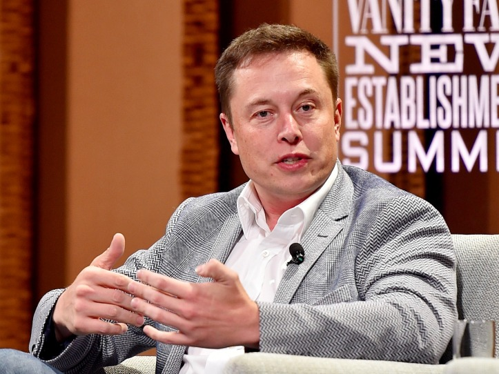 elon-musk-says-apple-hires-only-teslas-worst-engineers