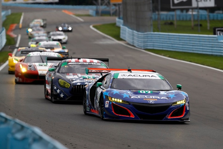 Acura NSX GT3 Race Car leads the pack at the 6 Hours of Watkins