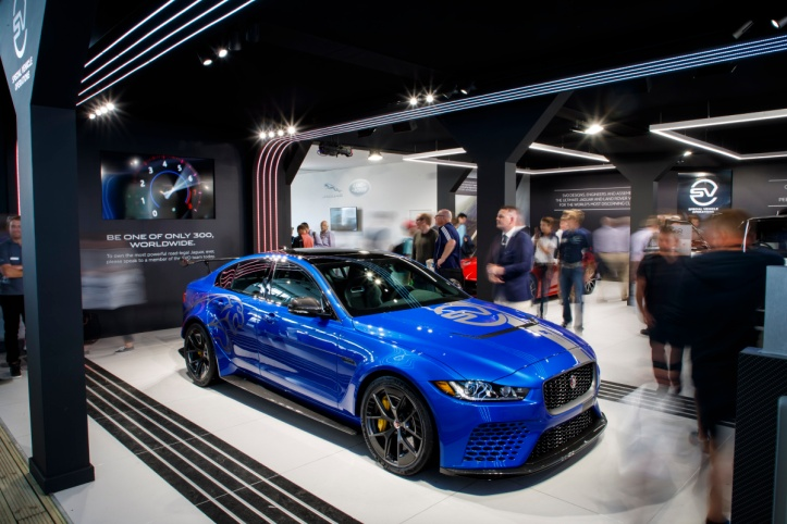 030417_jaguar_xesv_project8_goodwood_09