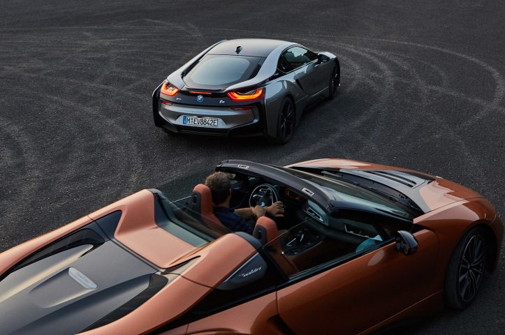 2019-bmw-i8-roadster-and-coupe-02