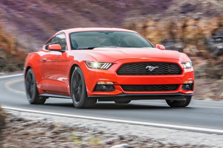 2016-ford-mustang-ecoboost-front-three-quarter-in-motion-02-e1464128012294